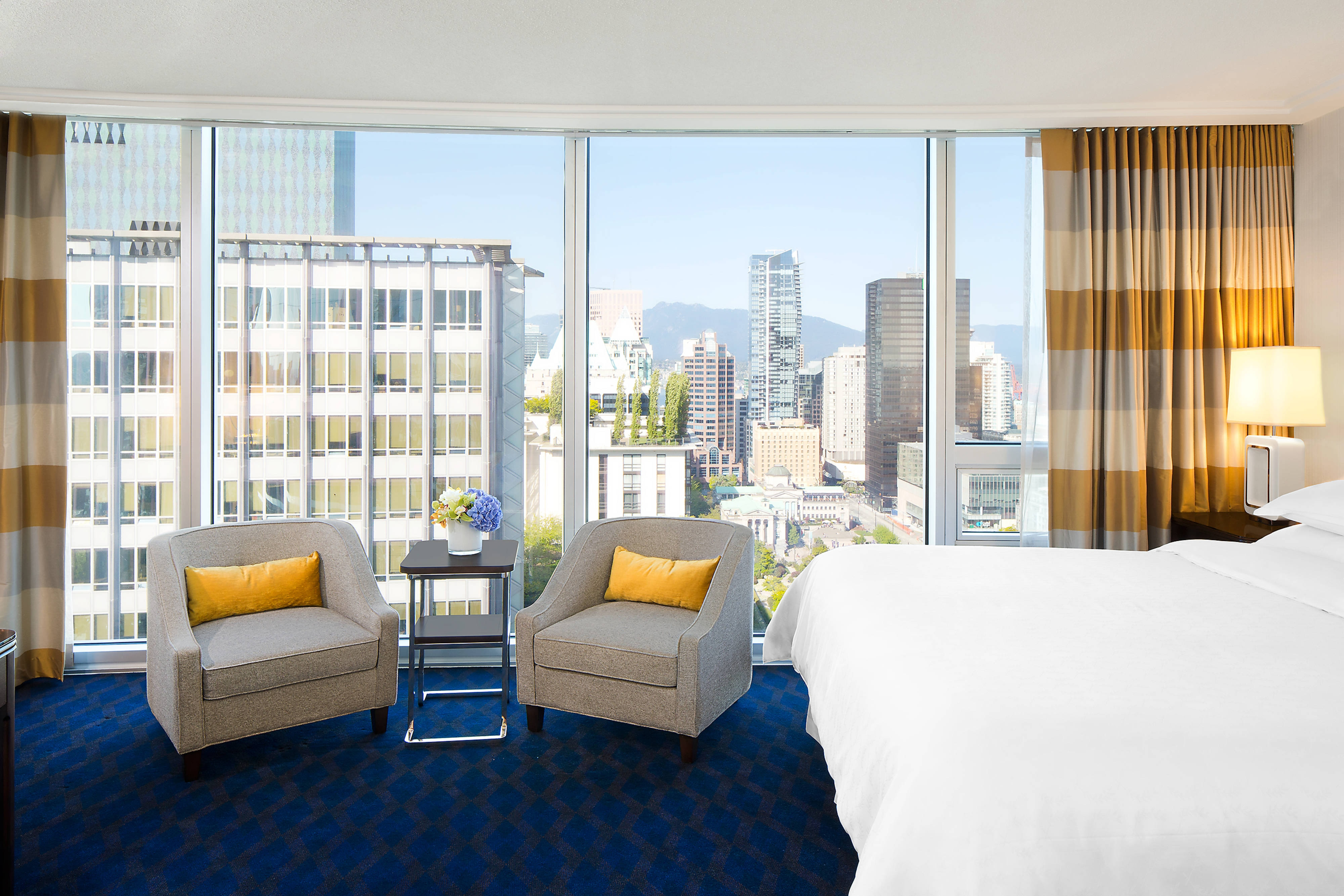 Book A Stay In Our Upscale Hotel Rooms In Vancouver, BC