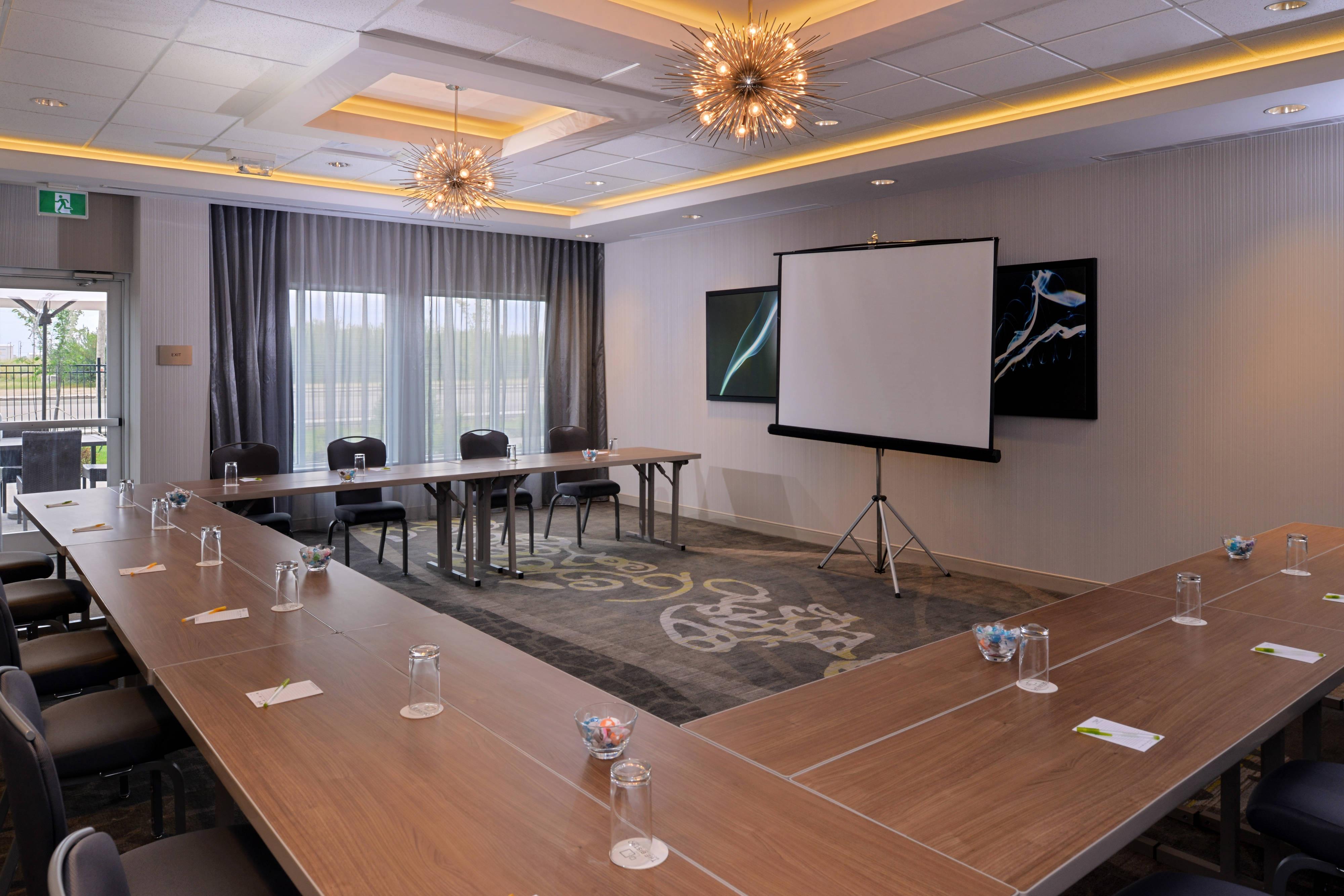 Meeting Room - U-Shape Seating