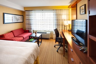London Ontario king bed accommodations