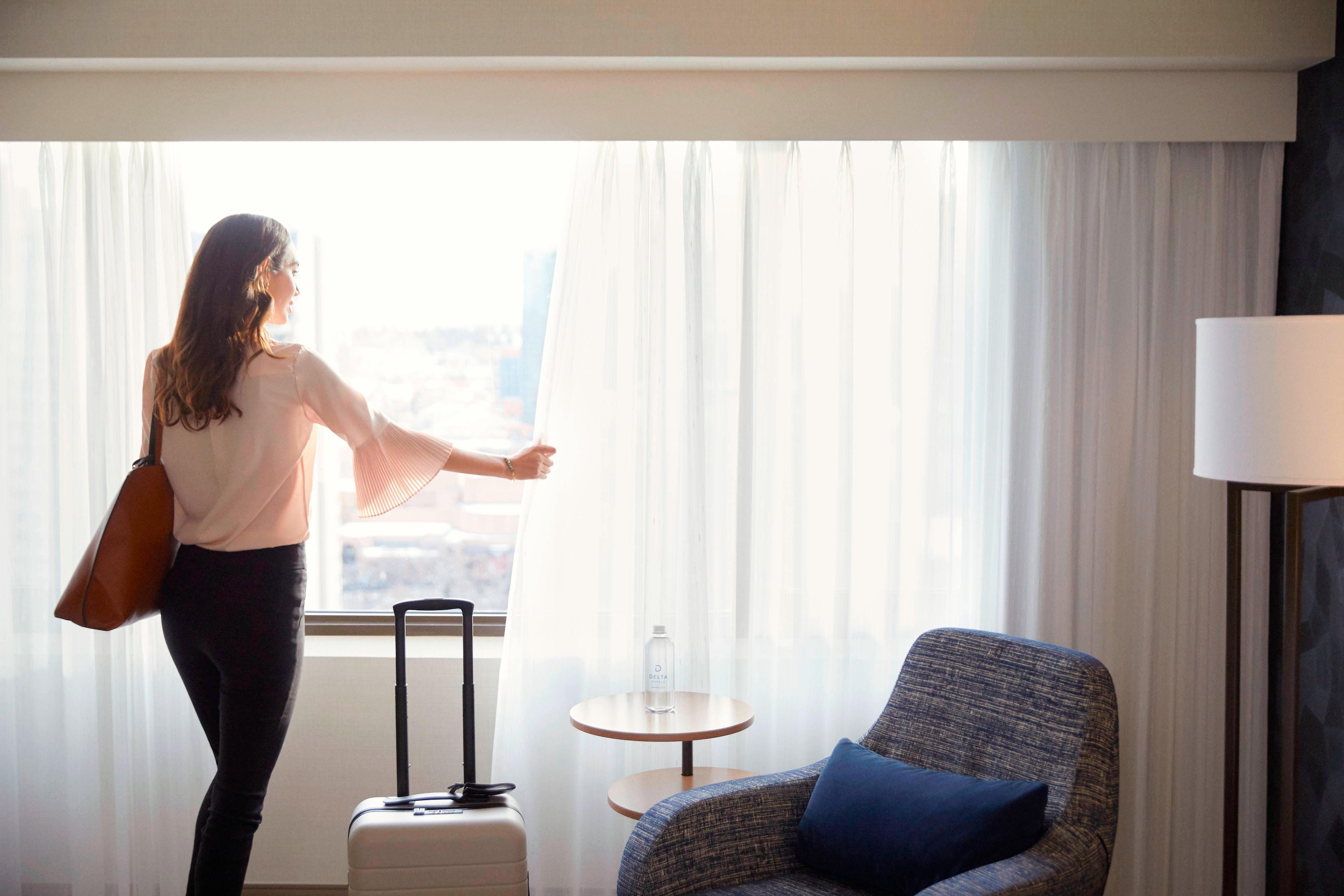 Habitación con vistas a la ciudad - Sala de estar