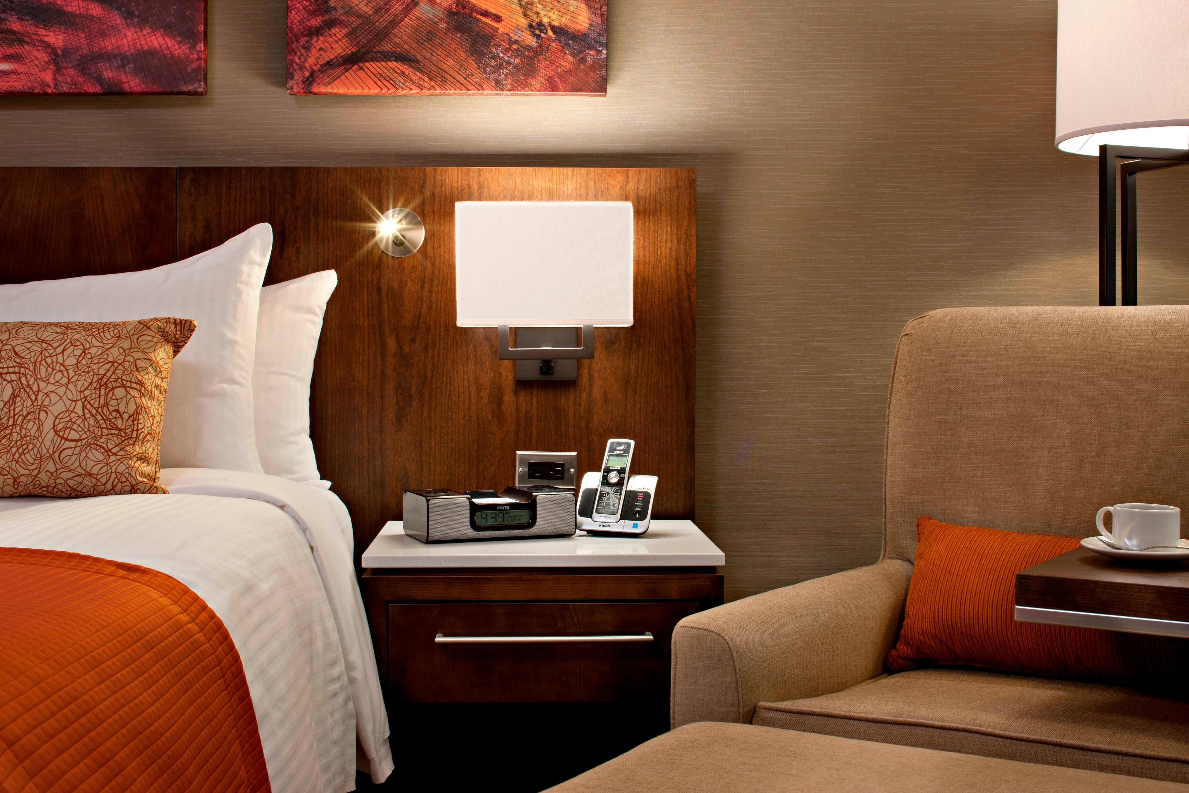 Deluxe Guest Room Amentities