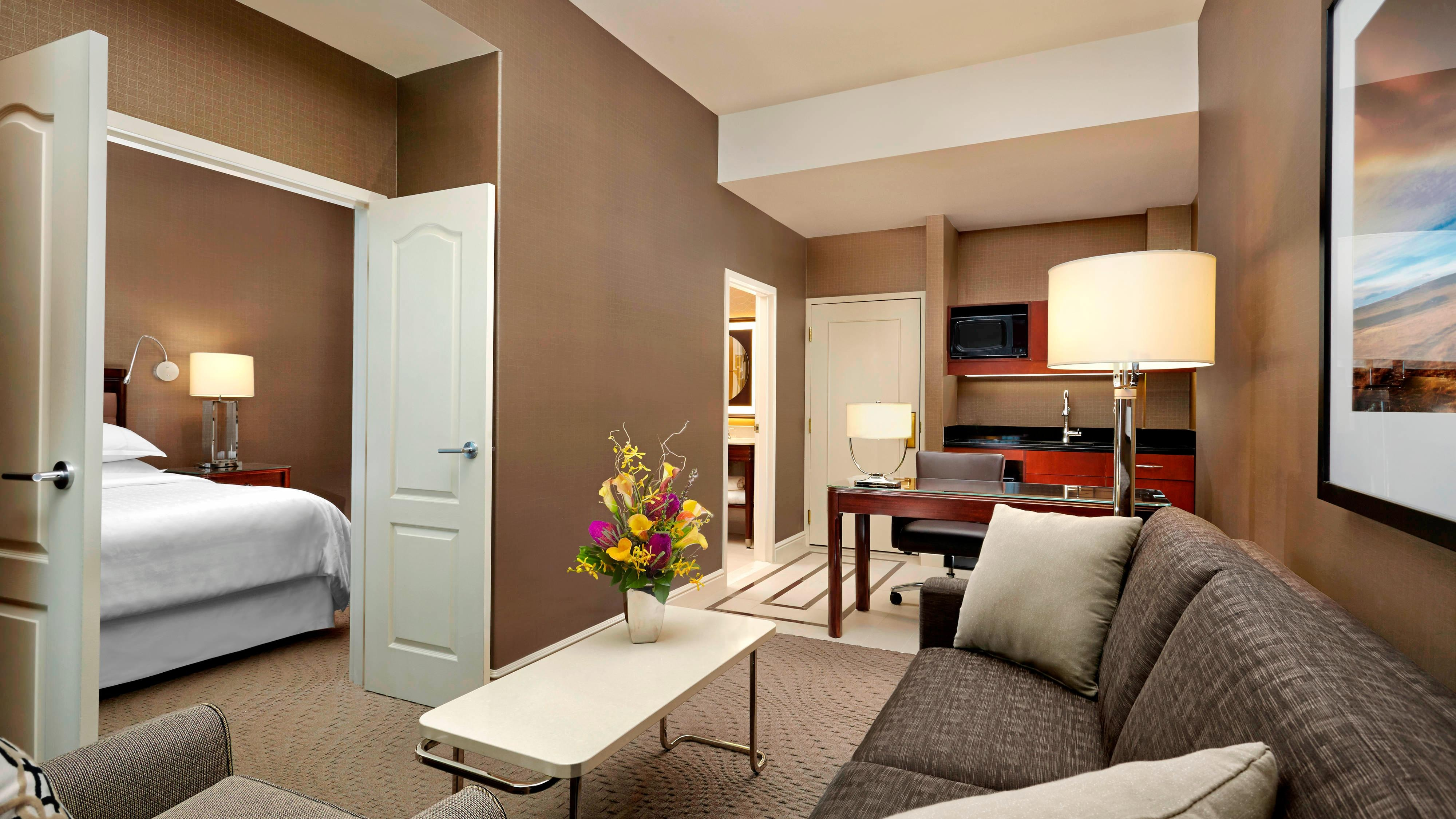 Suite - Living Room