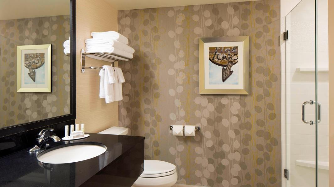 Bathroom Hotel Calgary