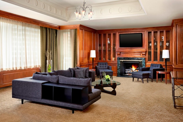 Crown Living Area