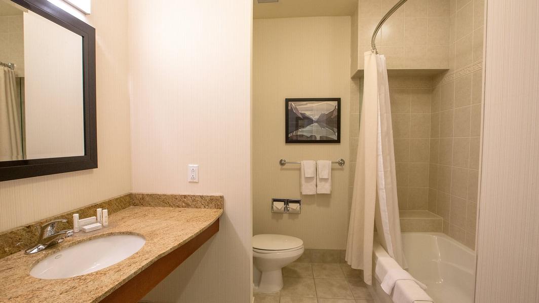 セントジョンズのコートヤードの客室バスルーム