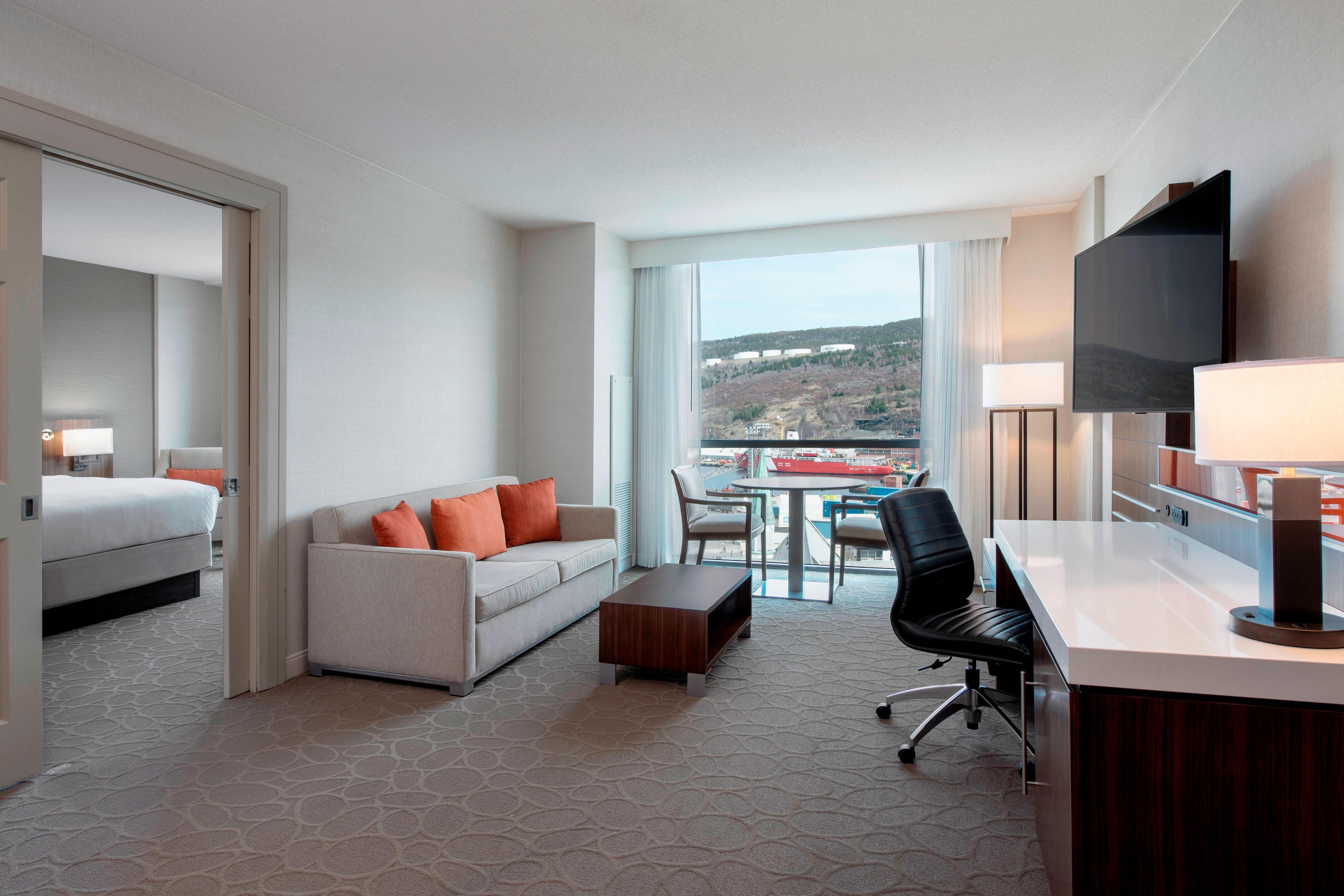 Whirlpool Suite - Living Area