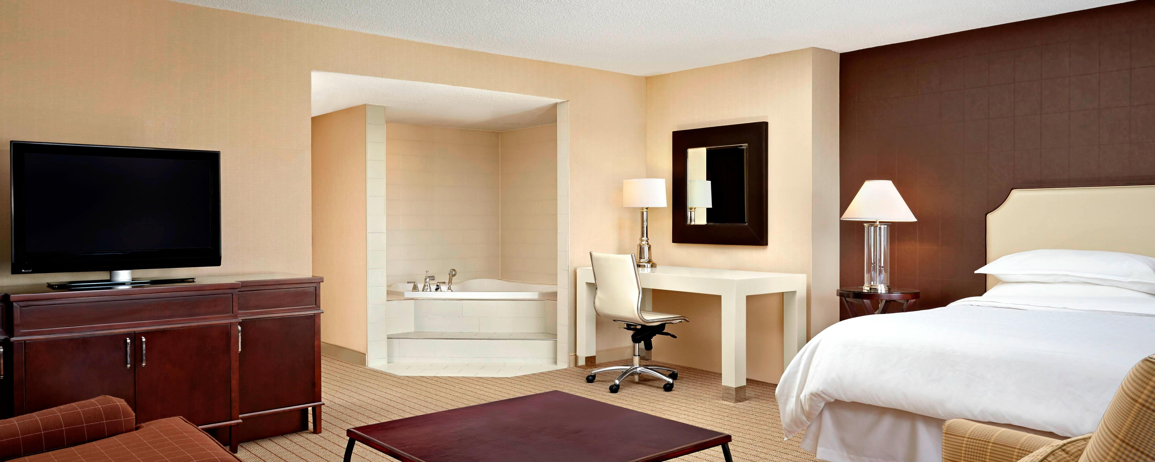 Jacuzzi Suite - Harbour View