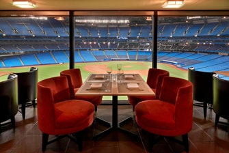 Hotel Inside Rogers Centre With Field View Toronto