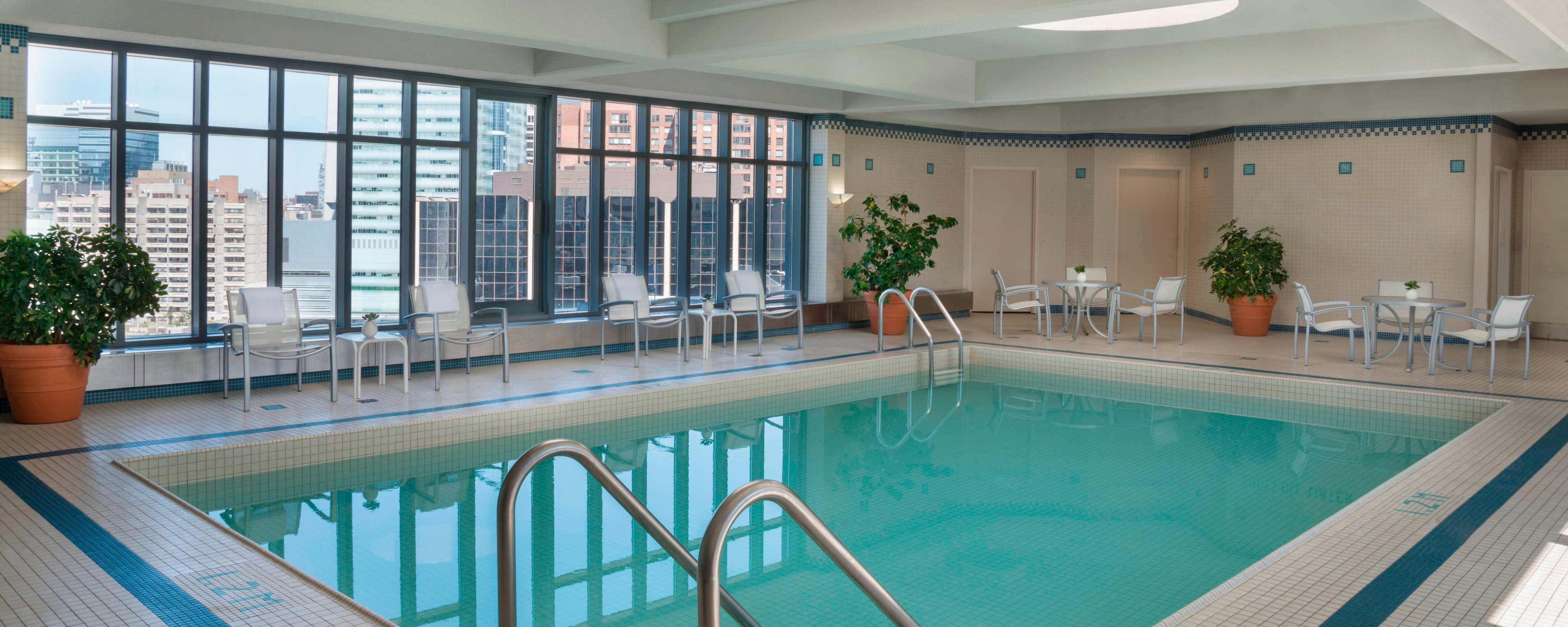 Downtown Toronto Hotel With Pool Toronto Marriott Downtown Eaton Centre Hotel