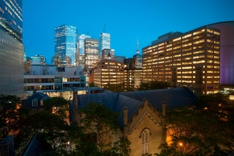 Downtown Toronto hotel with view