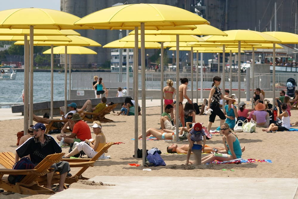 Toronto Harbourfront Beach District hotels