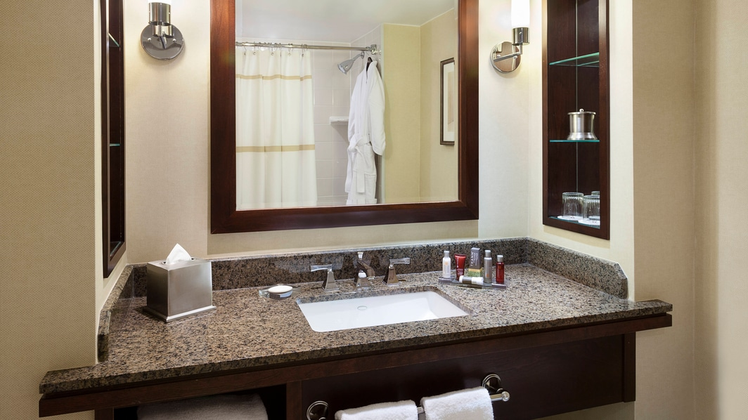 Concierge Guest Bathroom Toronto