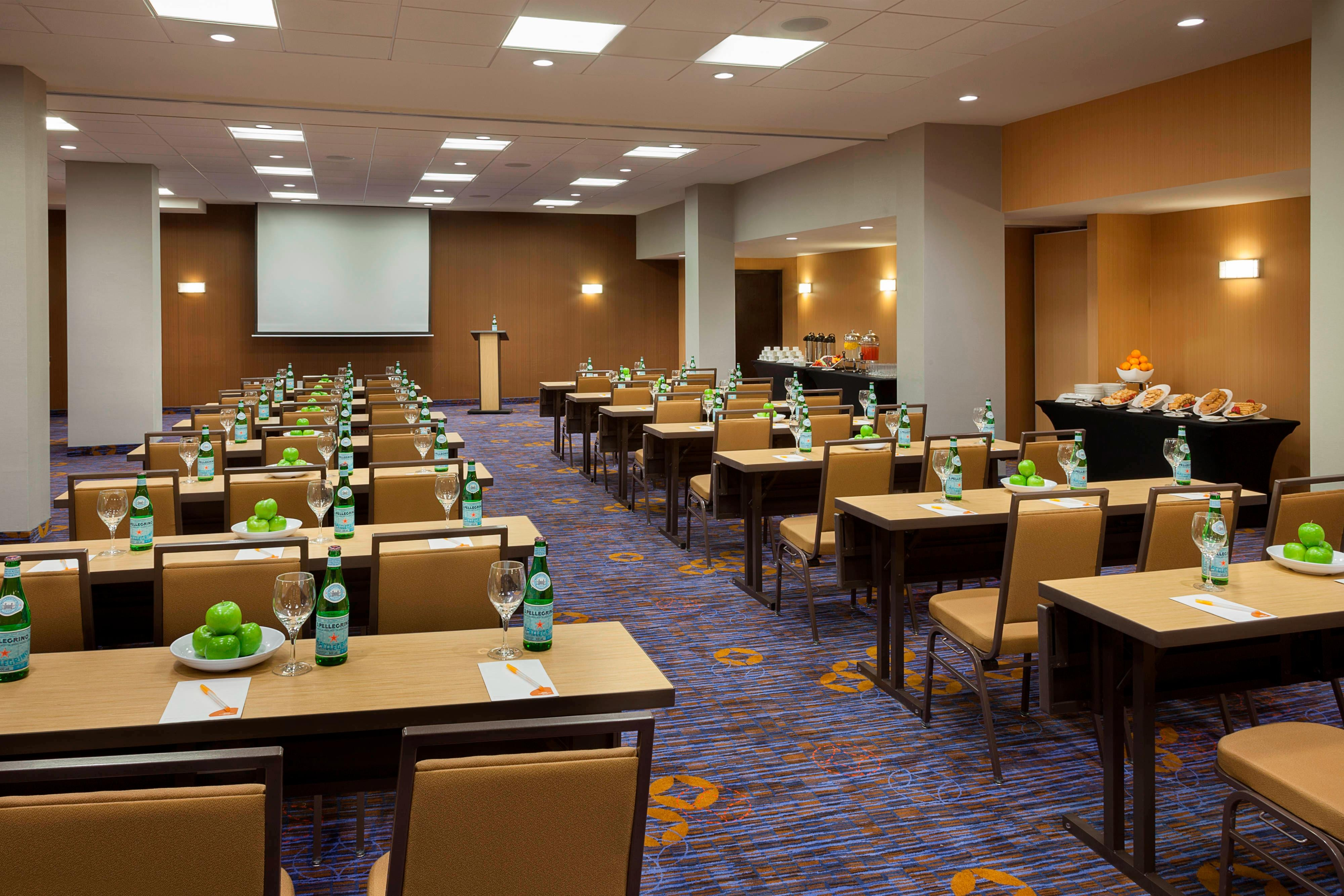 Hotel meeting room in Markham