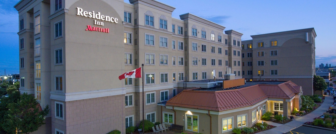 Hotels On Dixon Road Near Toronto Airport