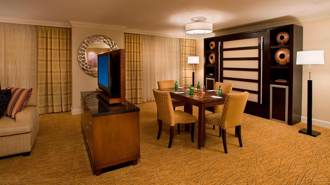 Comedor de la suite del hotel en Toronto