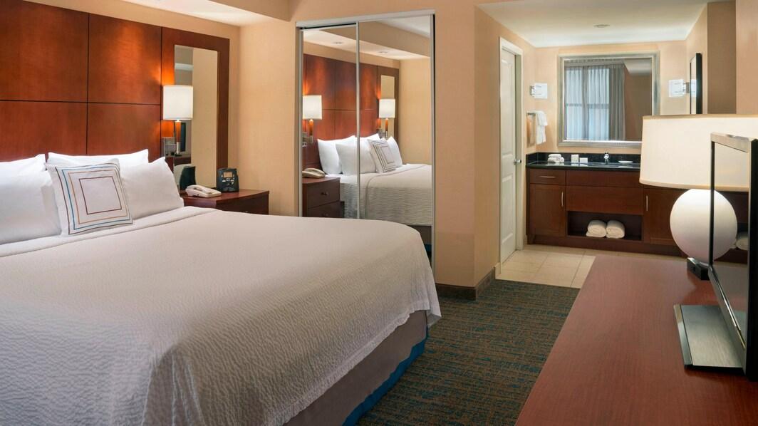 Toronto Hotel Two-Bedroom Suite