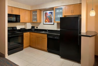 Toronto Entertainment District Hotel Suite Kitchen
