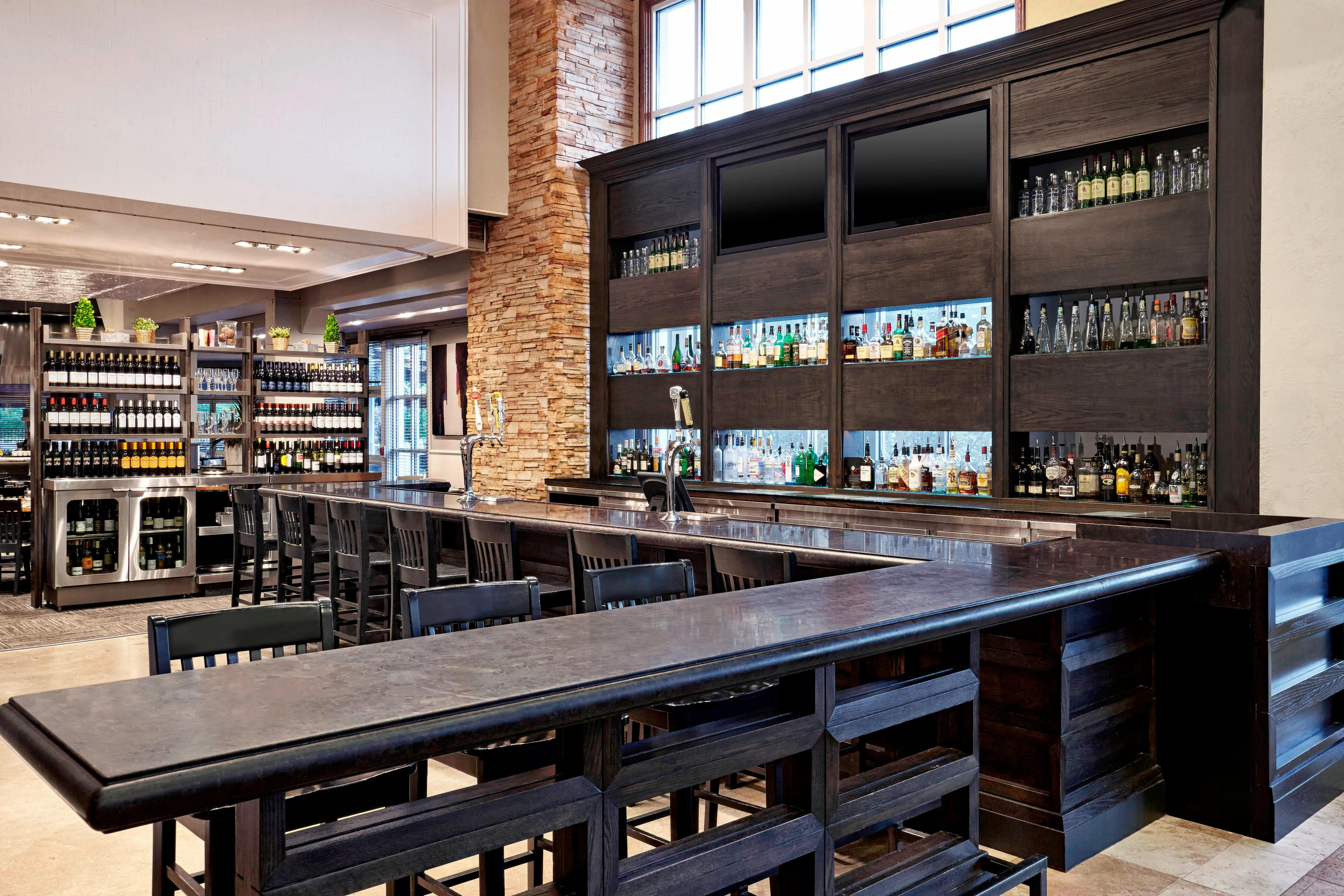 Oliver & Bonacini Café Grill - Bar Area