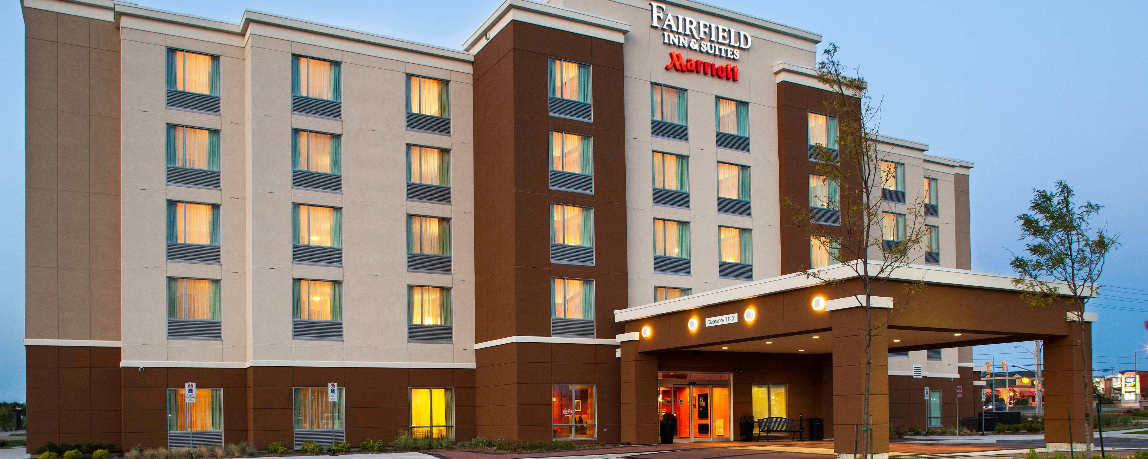 Hotels in Mississauga | Fairfield Inn & Suites Toronto Mississauga