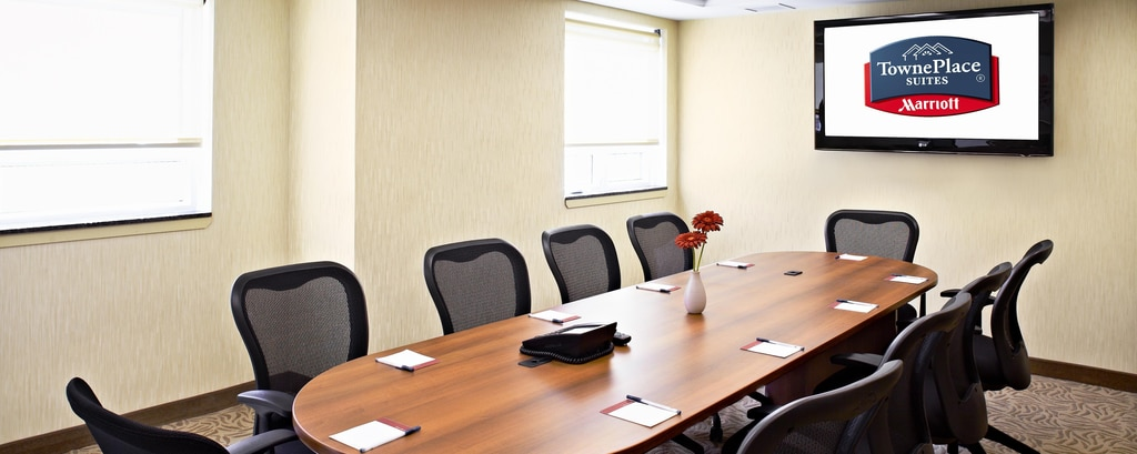 Meeting rooms near Toronto airport