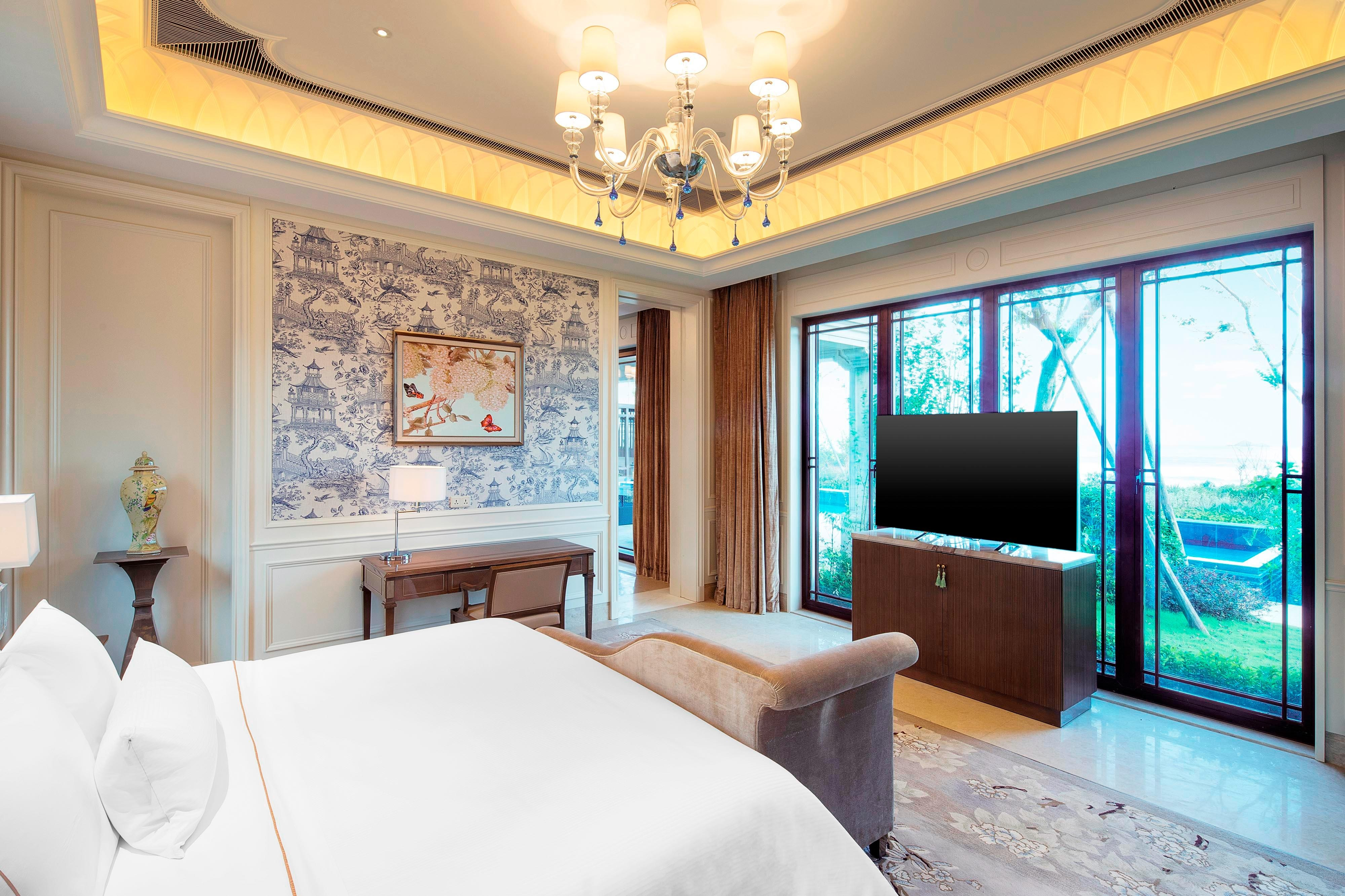 Premier Villa - Bedroom