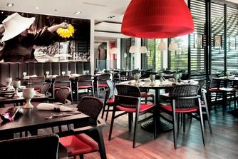 Zurich Marriott Restaurant White Elephant