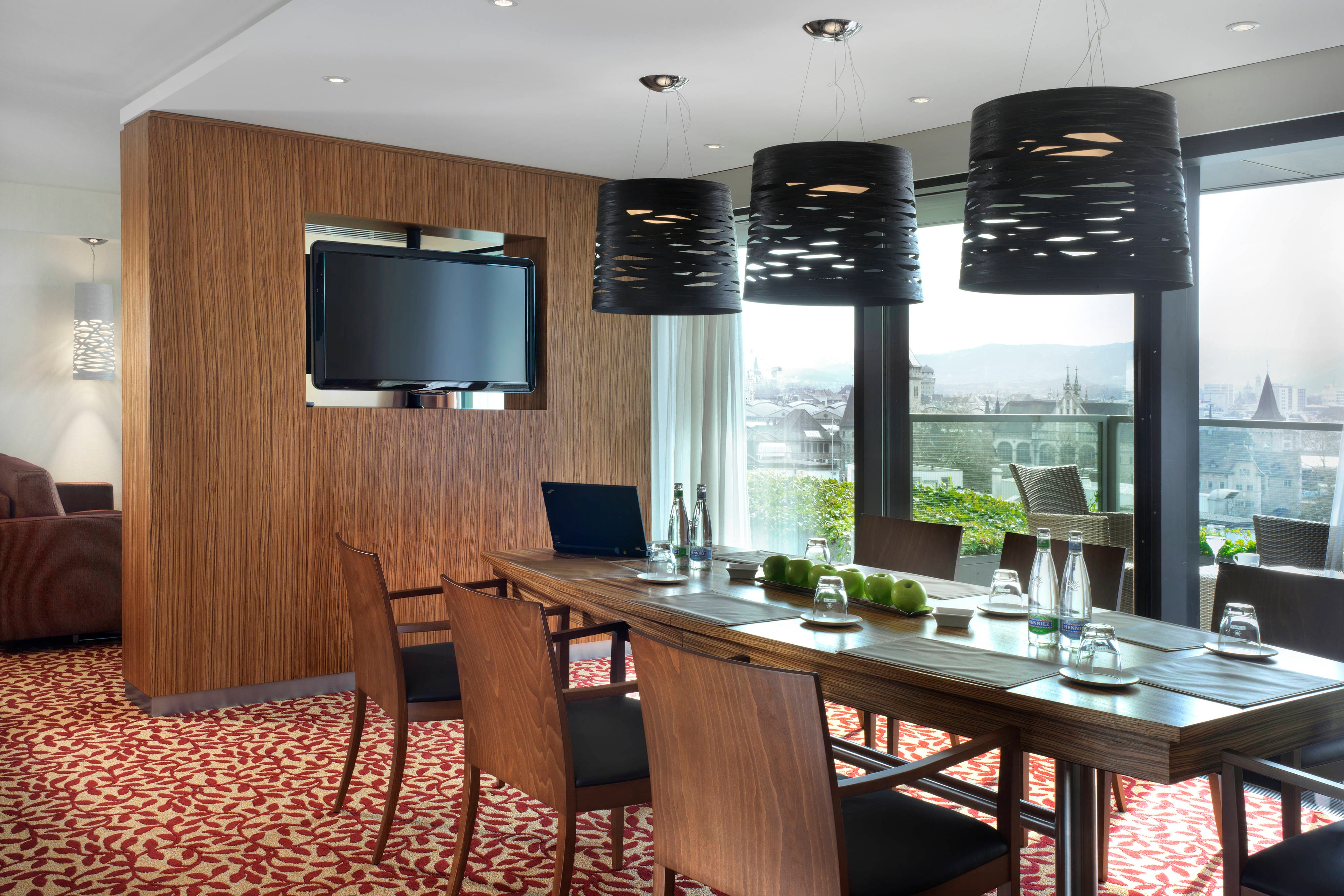 Zurich Business Suite Meeting Room