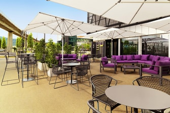 NUOVO Cafe & Bar – Terrasse