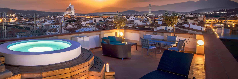 Westin Excelsior Hotel, Florence. Vista dall'hotel al tramonto